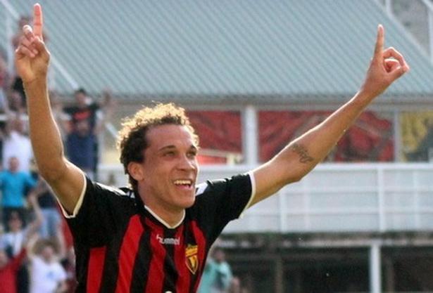 Фелипе  Ни требаат навивачите како 12 ти играч за триумф против Шкендија