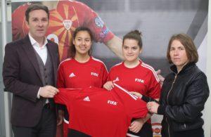 ФФМ им донираше комплет спортска опрема на женските младински клубови