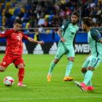 Според Скај спортс  Енис Барди во десет најдобри фудбалери на ЕП во Полска