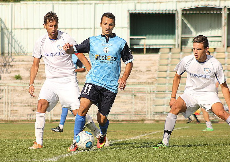 На полувремето од Купот на Македонија  Ренова е шокирана од Струга Трим Лум  Победа губи во Штип