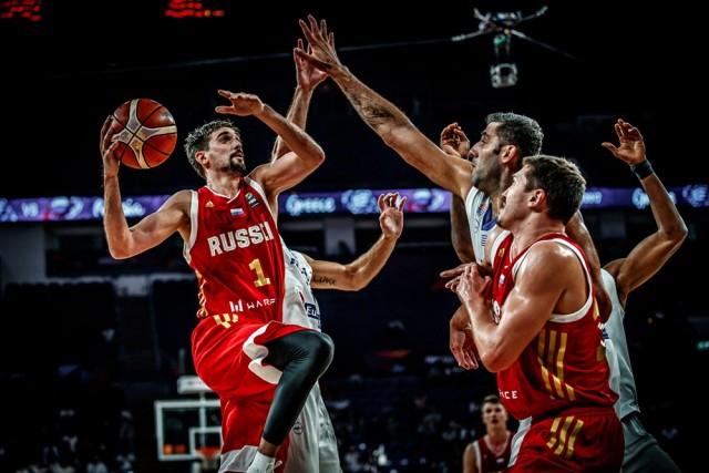 Алексеј Швед ја  потопи  Грција  Русите во борба за медал на Евробаскетот