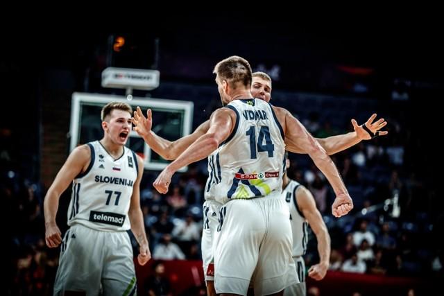 Атомска кошарка во Истанбул  Словенија во полуфинале
