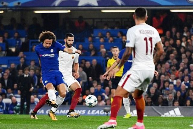Убавец со шест гола на  Стемфорд бриџ   Манџукиќ му донесе триумф на Јуве