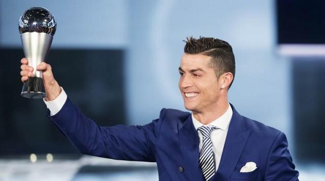 Кристијано Роналдо  Тhe Best    Наградата за најдобар фудбалер повторно во рацете на Португалецот