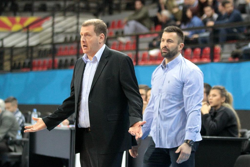 Тодоров на излезна врата  МЗТ бира нов тренер
