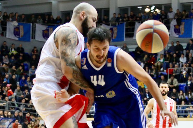 Антиќ со 11 скока  Црвена звезда ја освои Црна Гора