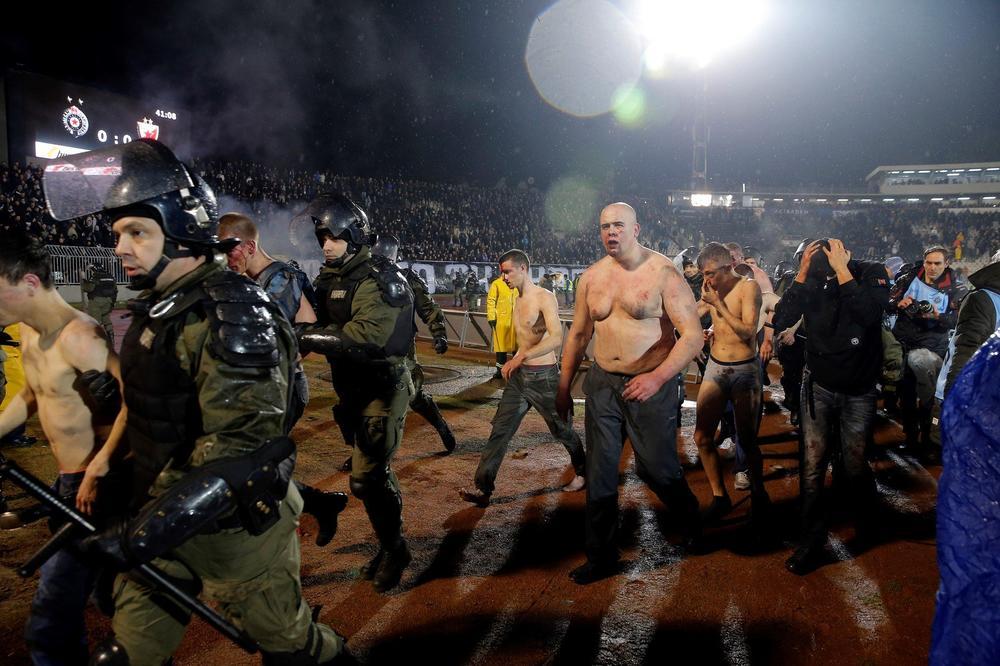Србите се чудат  Од каде Хрвати на трибината на  Гробари