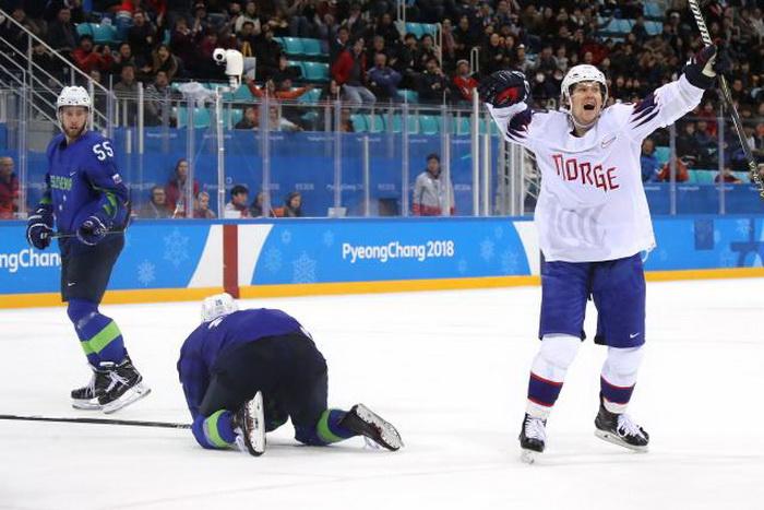 Хокеарите на Словенија по продолжение елиминирани од Норвешка во осминафиналето