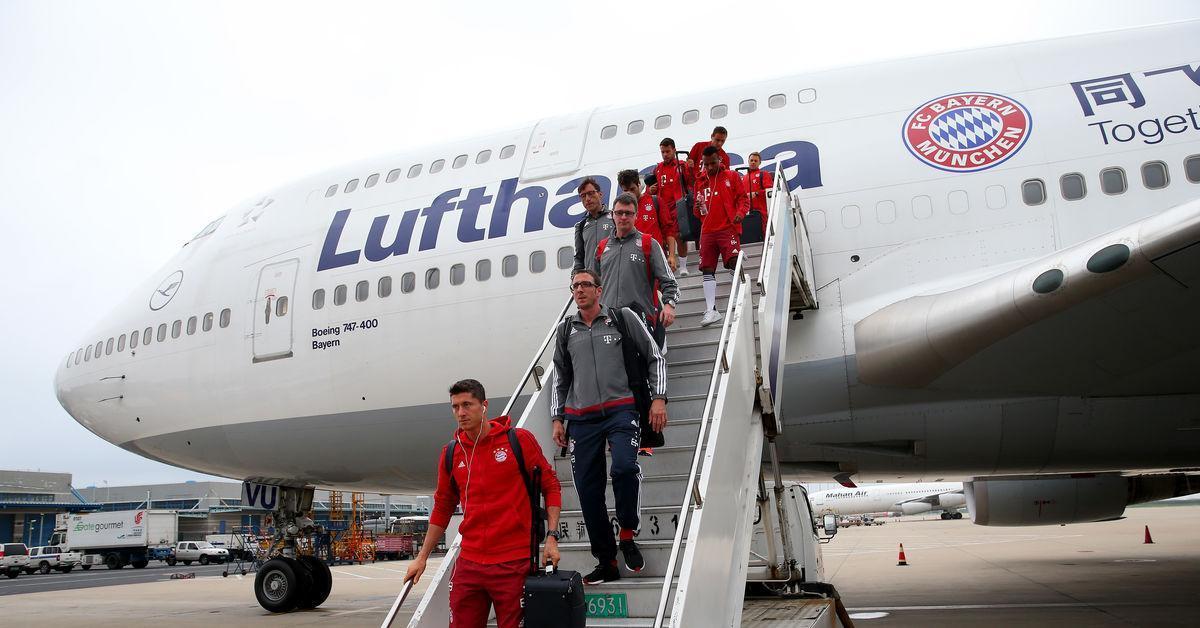 Луфтханса  му се налути на Баерн  Отсега во авион само со купен билет